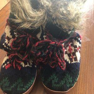 Beautiful knit mukluks NWOT